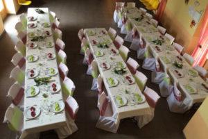 Un anniversaire en vert anis et bordeaux mariage