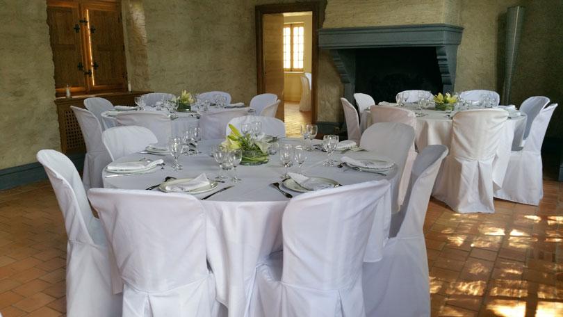 location de housses de chaises pour votre mariage rennes 35. Black Bedroom Furniture Sets. Home Design Ideas